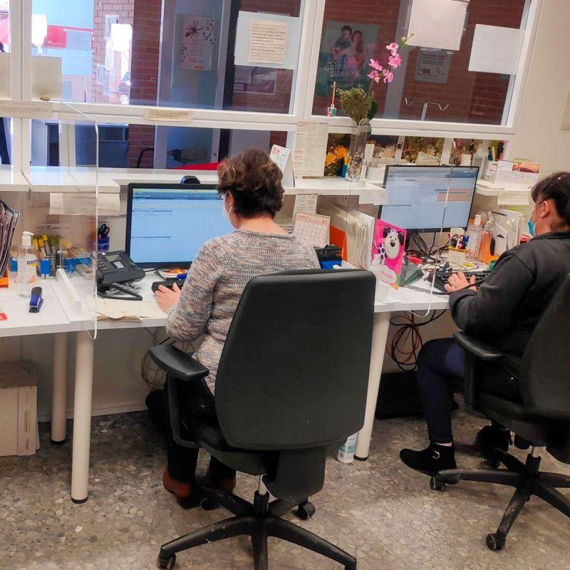 Divisor de puestos Gaudí Mamparas para despachos-5%