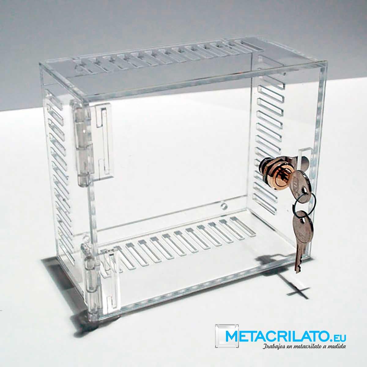 vitrina de metacrilato